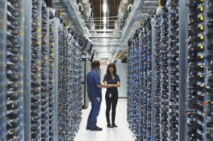 Hình ảnh bên trong một trung tâm dữ liệu google